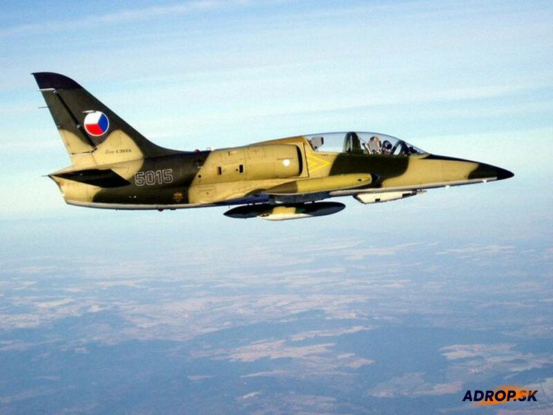Let stíhačkou L-39